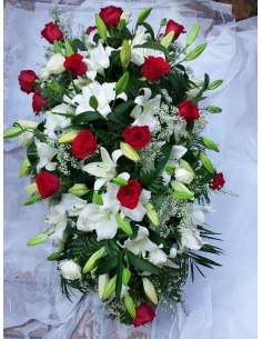 Palma de rosas y lilium